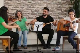 Demirtaş'ın bestesini kızları çaldı, eşi söyledi
