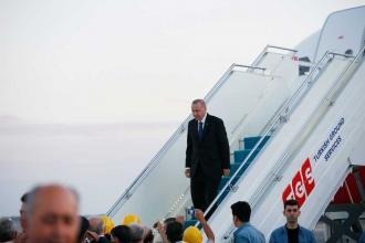Erdoğan bitmemiş havalimanına iniş yaptı