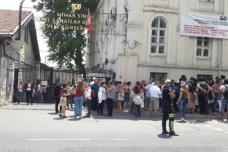 Mimar Sinan Devlet Konservatuvarı'nın tahliyesine tepki yağdı