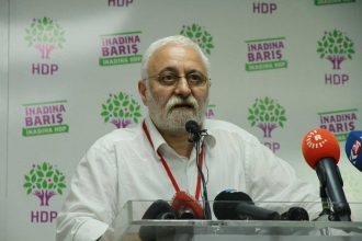 HDP: AA, Kürt illerindeki oyları geç yansıtıyor