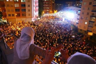 HDP Diyarbakır vekilleri halka seslendi: Bizi önemli görevler bekliyor