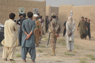 Pakistan'da iki mitingde bombalı saldırı: Ölü sayısı 132'ye çıktı