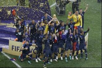 Fransa, Hırvatistan'ı 4-2 yenerek Dünya Kupası şampiyonu oldu