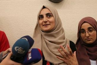 Kudüs'te gözaltına alınan Ebru Özkan Türkiye'ye döndü