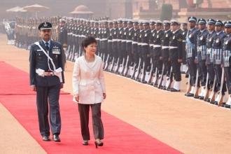 Güney Kore'nin eski lideri Park Geun-hye'ye 8 yıl hapis cezası daha