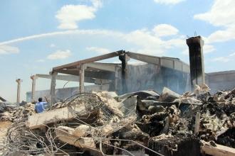 Urfa'da bir iplik fabrikasında çıkan yangın 11 saat sonra söndürüldü