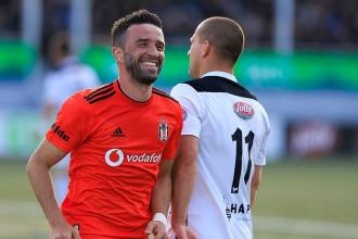 B36 Torshavn'ı 2-0 mağlup eden Beşiktaş, turu yarıladı
