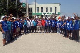 Sağlık-İş, grevdeki Süperpak işçilerini ziyaret etti