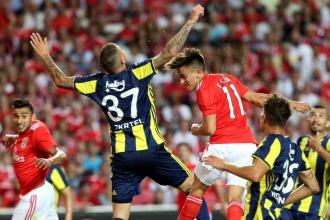 Benfica'ya elenen Fenerbahçe'nin Şampiyonlar Ligi umutları sona erdi