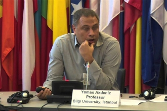 Yaman Akdeniz: Davalardaki artış susturma politikasının bir parçası