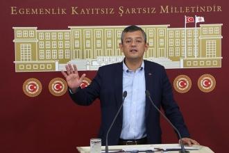 CHP'li Özgür Özel, Meclis gazetecilerinin sorunlarına değindi