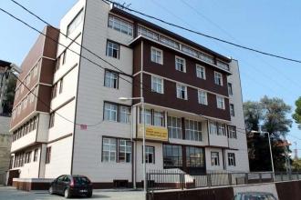 Müdür, okula 'kral dairesi' yaptırdı iddiası