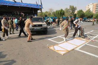 İran'da askeri törene saldırı:  24 ölü, 53 yaralı