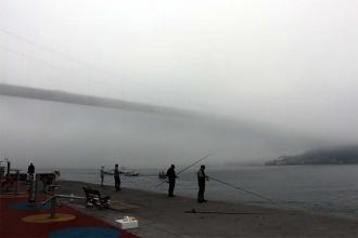 İstanbul Boğazı çevresinde sis etkili oldu