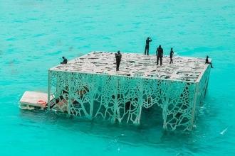Maldivler'de 'İslam'a aykırı' bulunan sanat eseri imha edildi
