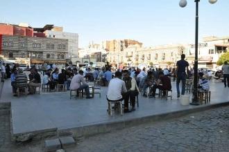 Diyarbakırlılar: Halkın iradesine müdahale etmeye hazırlanıyorlar