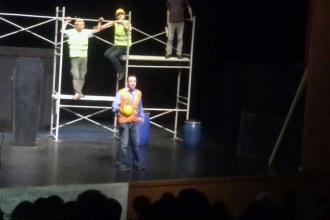 3. havalimanı işçileri için tiyatro oyunu