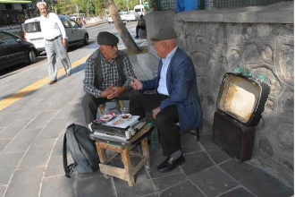 Arzuhâlci: Meslek de kazanç da nostaljik