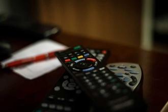 Sertel: Uydu kiraları TL ile ödenmeli