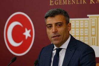 CHP'de Türkçe ezan tartışması: CHP'li Öztürk Yılmaz ihraç edildi