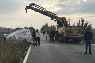 Urfa'da yakıt tankeri ile işçi minibüsü çarpıştı: 8 yaralı