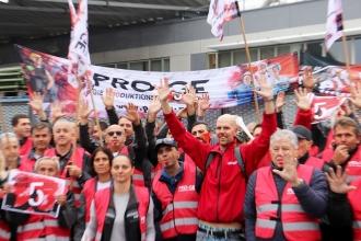 Avusturya'da metal işçileri uyarı grevinde