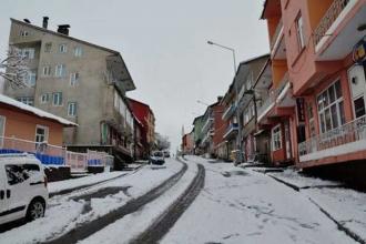 Dersim ve Bayburt'ta eğitime kar tatili