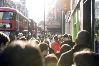 'Birleşik Krallık'ta 14 milyon yoksulluk içinde yaşıyor'