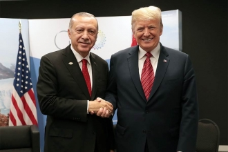 'Erdoğan seçim öncesi 'dünya lideri' imajı yaratmak istedi'