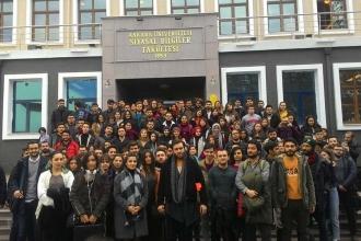 Mülkiye öğrencileri, ana kapının kapatılmasını protesto etti