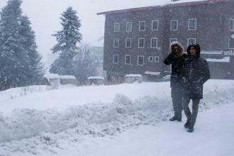 Uludağ ve Bolu Dağı'nda kar etkili oluyor