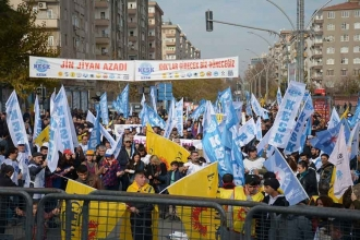 Diyarbakır'da emekçiler krizin yüküne karşı alanda