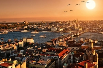 Bir öyküdür İstanbul*