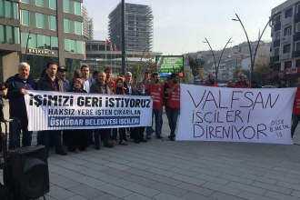 Üsküdar işçilerinden belediye önünde eylem: İşimizi, ekmeğimizi geri istiyoruz