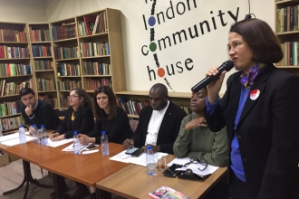 İşçi Partili adaylar Kuzey Londra'da halk toplantısı düzenledi