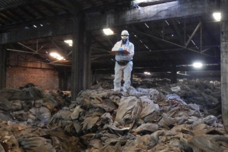 Kocaeli'de bir depodaki atıklar 37 yıldır kanser saçıyor