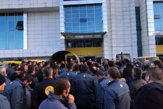 PTT Kargo işçileri iş bıraktı