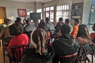 Emek Gençliği, Dersim'de Evrensel Yazarı Yusuf Karataş'ın katılımıyla panel düzenledi