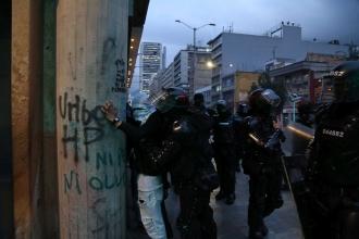 Kolombiya'da genel grev   Halk sokağa çıktı, polis şiddet uyguladı
