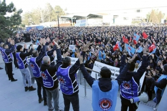 Türk Metal üyesi B/S/H işçileri: Grev tarihi açıklansın komiteler kurulsun
