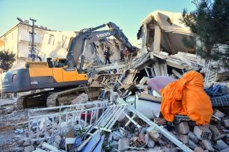Elazığ'da 6.8 büyüklüğünde deprem: 22 kişi hayatını kaybetti