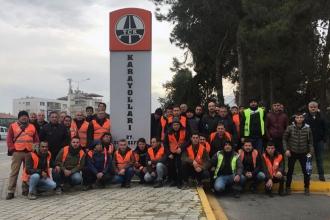 Denizli'de karayolları işçileri 3 aydır ödenmeyen ücretleri için iş bıraktı