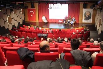 """Denizli'de """"Ege'den Evrensel'e Basın Özgürlüğü"""" paneli yapıldı"""