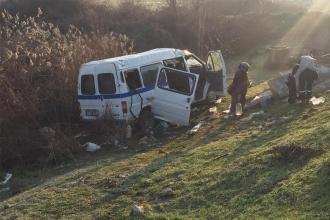 Tarım işçilerini taşıyan minibüs kaza yaptı: 1 tarım işçisi yaşamını yitirdi