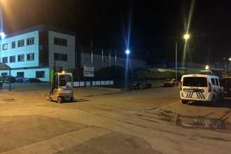 Samsun'da alüminyum eritme kazanı ile makine arasına sıkışan 2 işçi yaralandı