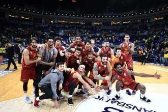 Galatasaray, basketbolda 9 yıl sonra Fenerbahçe deplasmanında kazandı