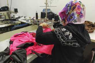 Tekstil işçisi: Patronun bize verdiği değer, üretimi sürdürdüğümüz kadar