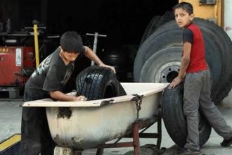 İki kardeş, iki genç işçi