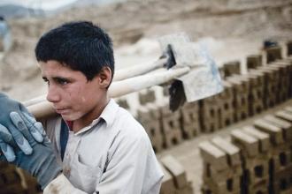 Dünyanın pratiği: çocuk işçiliği