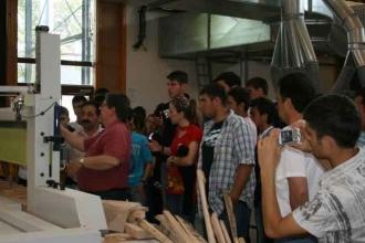 Fabrika Öncesi Eğitim: Meslek Liseleri